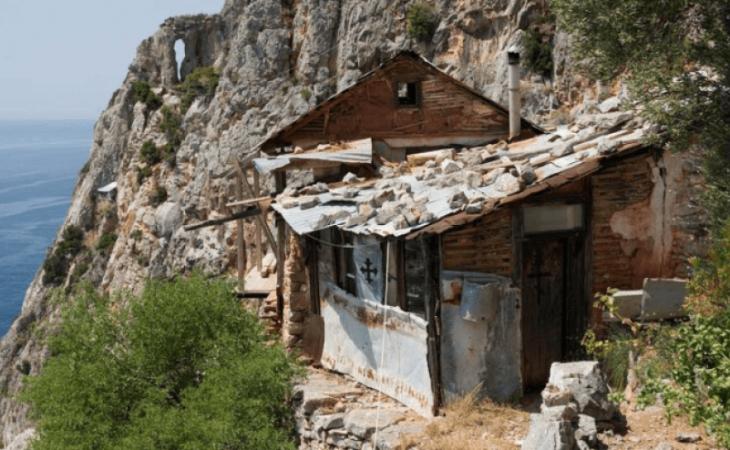 Η «όμορφη ησυχία» του Αγίου Όρους…Οι ερημίτες και τα καλύβια τους-Βίντεο |  i-diakopes.gr