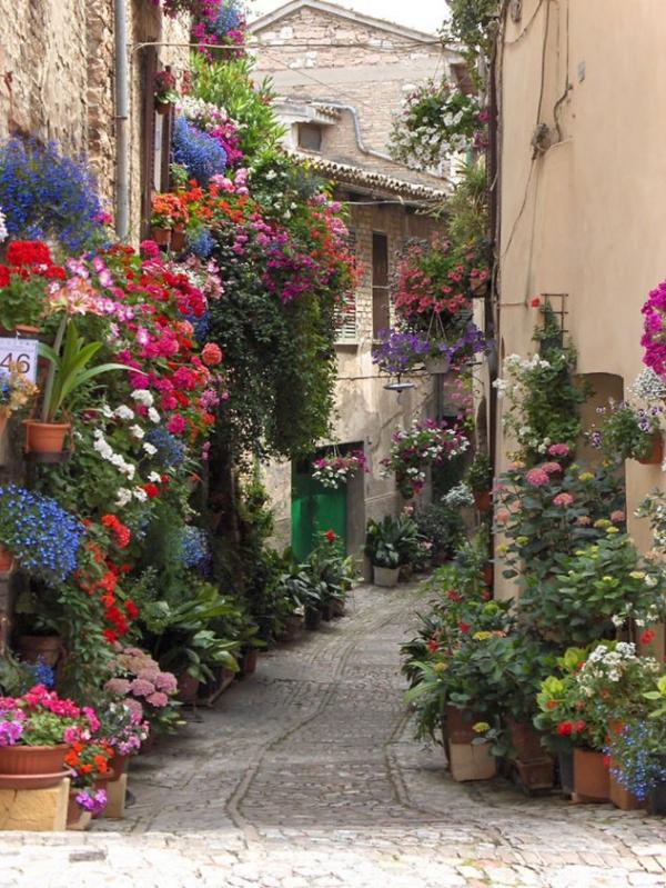 Σπέλλο- Ιταλία