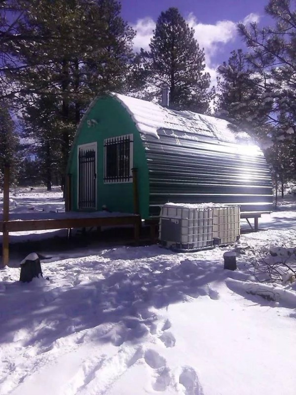 Facebook/Arched Cabins