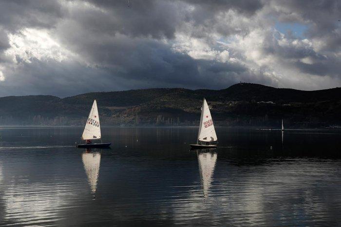 Η λίμνη της Καστοριάς μέσα από 19 μαγευτικές φωτογραφίες