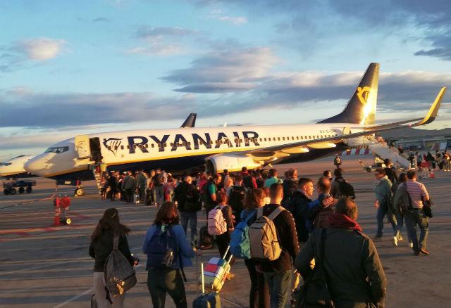 Ryanair επιβάτες - χρήσιμες συμβουλές