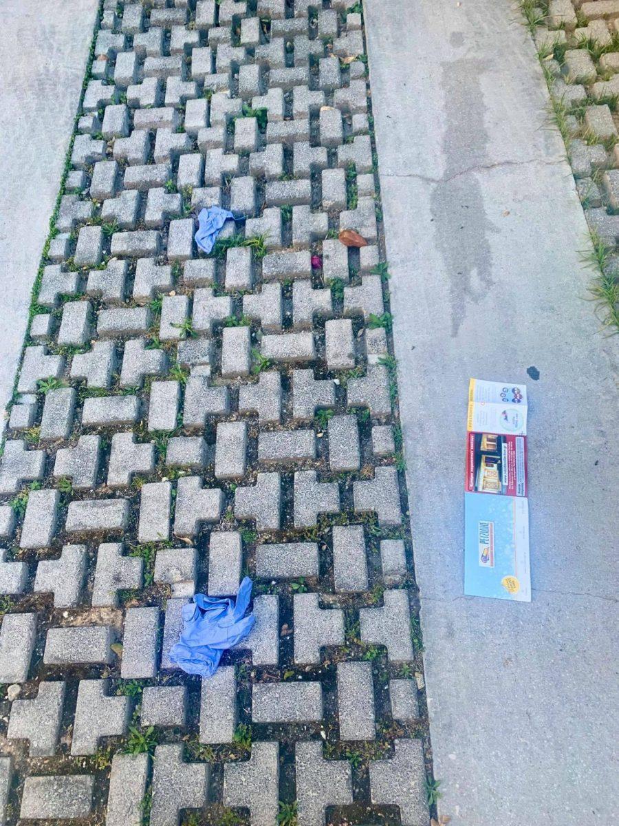 500 μέτρα, 20 εστίες μόλυνσης covid-19: Η εικόνα-ντροπή στο Παλαιό Φάληρο που δεν χωνεύεται (Pics)