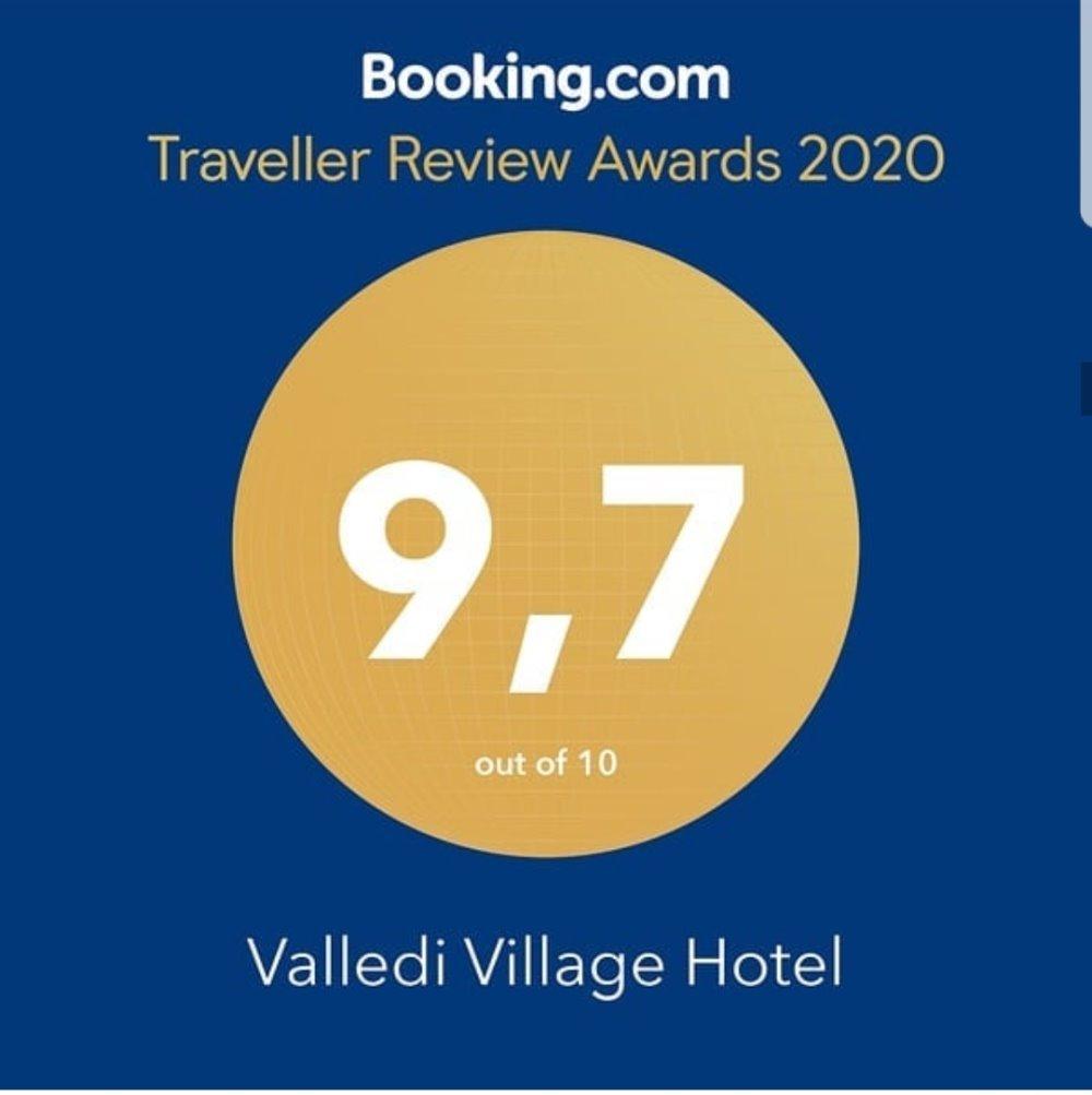 Η άριστη βαθμολογία του Valledi Village Hotel  στη booking