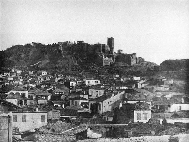 Ο χαμένος Πύργος της Ακρόπολης: Ο Ιερός Βράχος διαφορετικός από ό,τι είναι σήμερα.