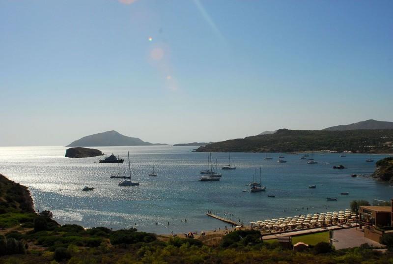 Η πανέμορφη παραλία της Αθηναϊκής Ριβιέρας