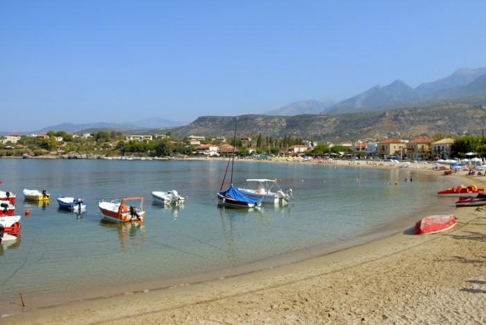Η Νεράιδα του Μεσσηνιακού: Το μικρό ψαροχώρι με την απαράμιλλη ομορφιά όπου ο Αλέξης Ζορμπάς γνώρισε τον Νίκο Καζαντζάκη