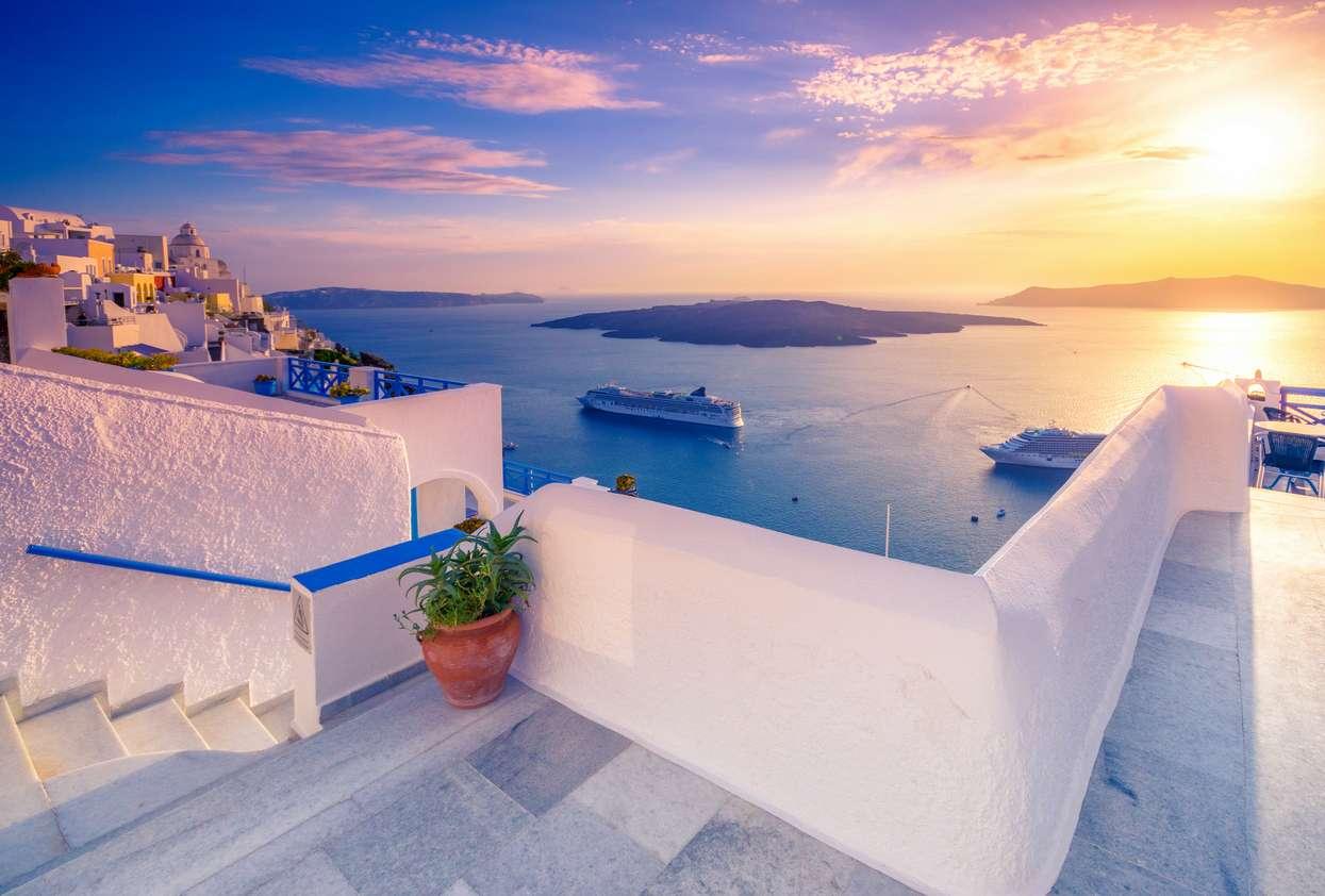 3 ελληνικά νησιά-διαμάντια που μπορείς να πας Ιούλιο και Αύγουστο με 22 ευρώ αεροπορικά