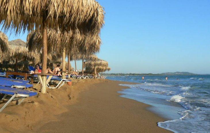 3 ώρες, 35€ βενζίνη: Στη «Μύκονο της Πελοποννήσου» πας οδικώς και κάνεις τις διακοπές της ζωής σου πάμφθηνα