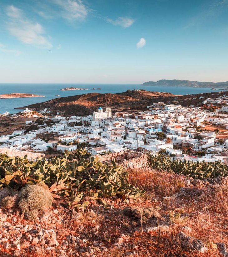 Κίμωλος: Το ασφαλές νησί από τον ιό με τις μαγικές παραλίες έριξε τις τιμές