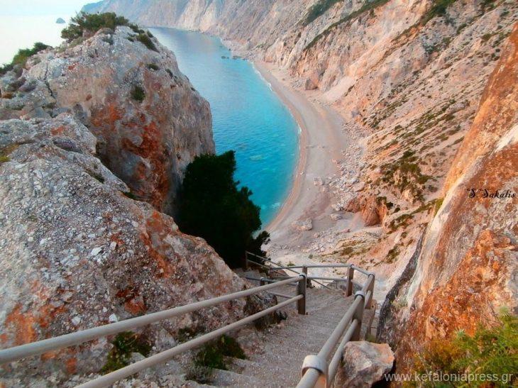 Επικίνδυνες παραλίες της Ελλάδας: Αυτές είναι οι 6 πιο επικίνδυνες