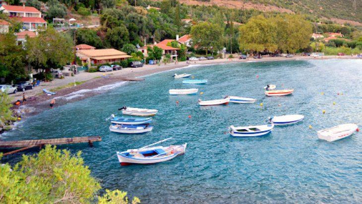 Σκάλωμα: Γνωρίστε την καλύτερη παραλία της Δ. Ελλάδας