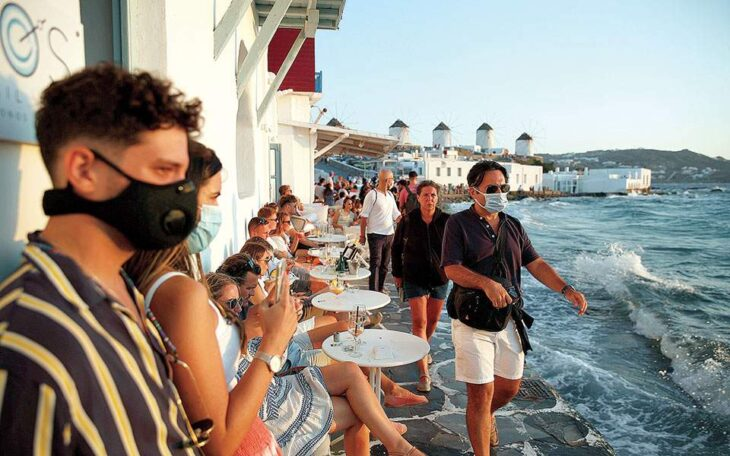 Κρούσματα Μύκονος: 6 νέα σε πασίγνωστο ξενοδοχείο