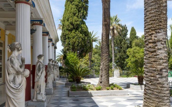 Αχίλλειο στην Κέρκυρα: Ανάκτορο βγαλμένο από το ομορφότερο παραμύθι – Μαγικές εικόνες