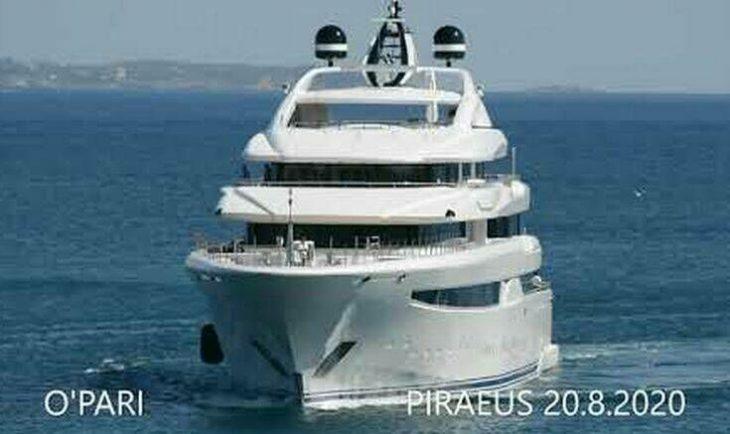 Πλωτό παλάτι: Στη Μαρίνα Ζέας το 95 μέτρων σούπερ σκάφος O'PARI