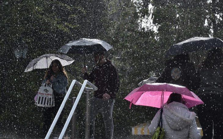 Καιρός έκτακτο δελτίο επιδείνωσης: Χαλάζι και βροχές τις επόμενες ώρες