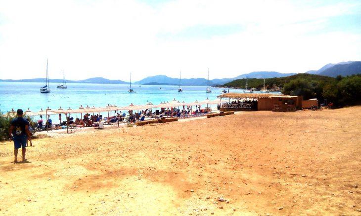 Βαθυαβάλι: Η ωραιότερη, άγνωστη παραλία της Αιτωλοακαρνανίας