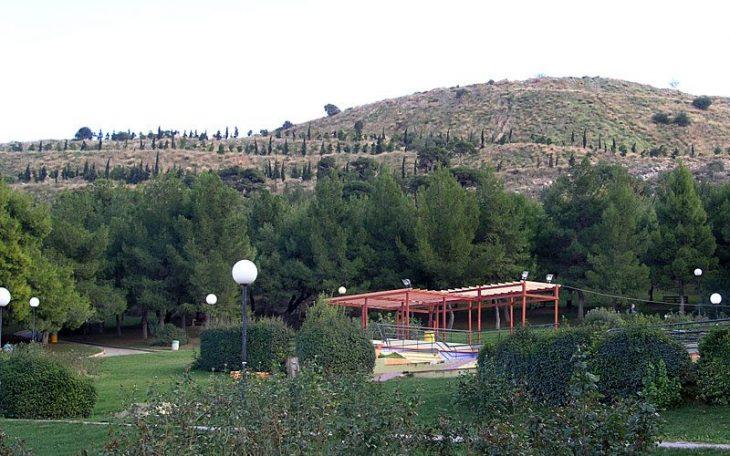 Πέντε πανέμορφα πάρκα με καφετέρια μέσα στην πόλη για να επισκεφτείς αν μείνεις Αθήνα τον Αύγουστο