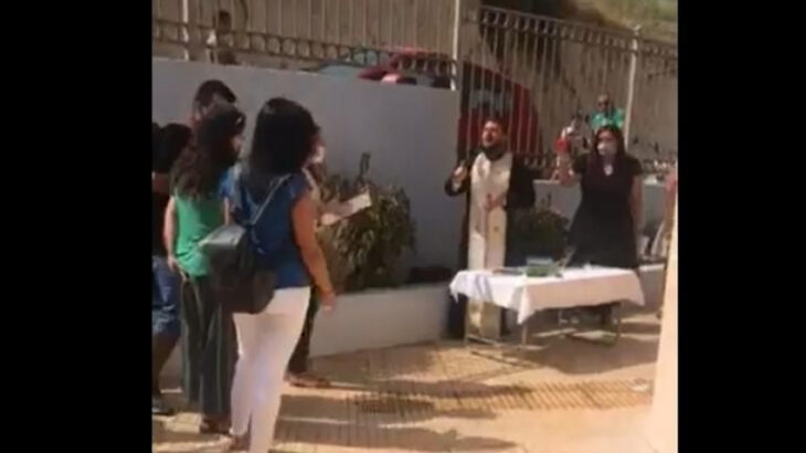 Κρήτη ιερέας: Συνελήφθη μετά το κήρυγμα για τις μάσκες σε σχολείο