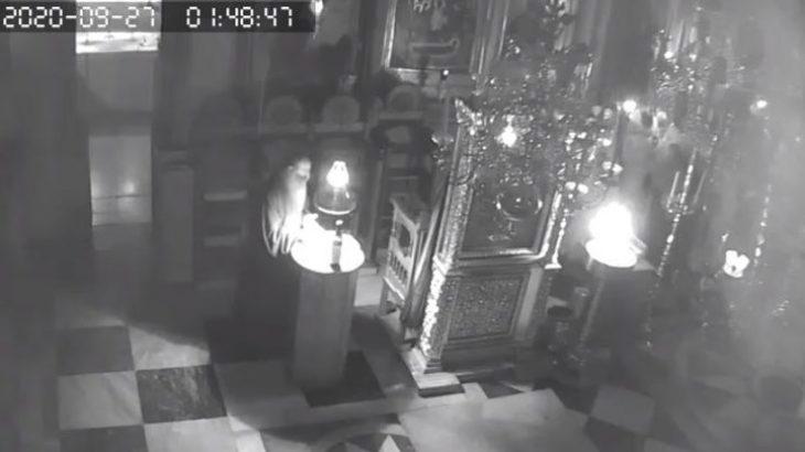 Άγιος Όρος σεισμός: Πέφτουν οι σοβάδες και οι μοναχοί ψέλνουν (Βίντεο)