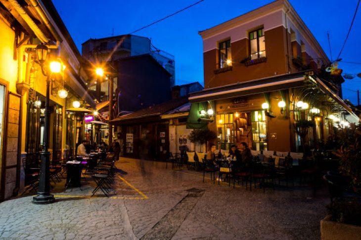 Ιερουσαλήμ της Ελλάδας: Πολύχρωμη με 72 ναούς και εξαιρετικό φαγητό