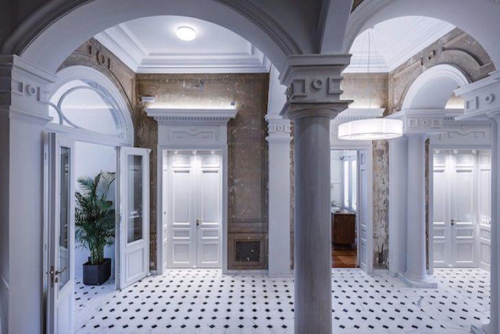 Ξενοδοχείο Πάτρα: Το ξενοδοχείο Bold Type αλλάζει την αισθητική της πλατείας Γεωργίου στην Πάτρα