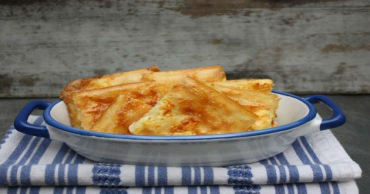 Αλευρόπιτα με τυρί φέτα της στιγμής. Συνταγή έτοιμη σε λίγα λεπτά