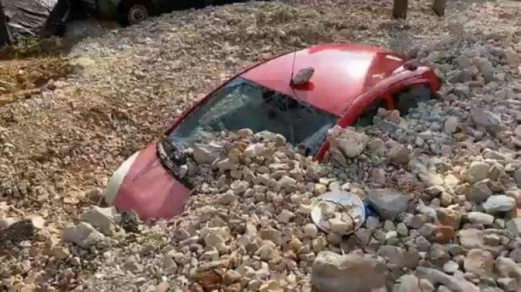 Άσσος Κεφαλονιά: «Έσβησε» από το χάρτη με πέτρες και λάσπη (Εικόνες)