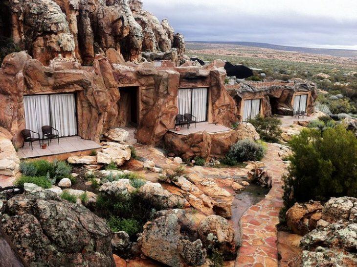 Ξενοδοχείο Φλίνστοουνς: Το μοναδικό ξενοδοχείο που είναι σε σπηλιά