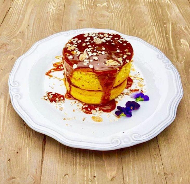 6 μαγαζιά με pancakes που συνδυάζουν λαχταριστή γεύση και καλές τιμές