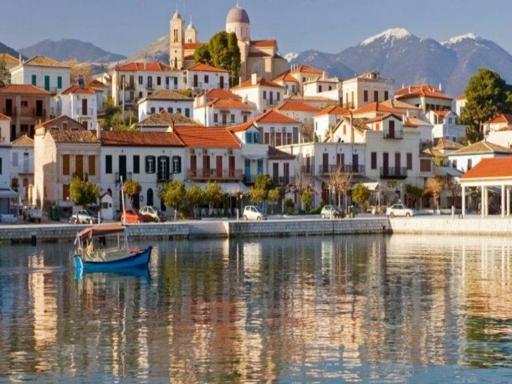 Γαλαξίδι: Τα πάντα για το ψαροχώρι της Ελλάδας με τη σπάνια ομορφιά