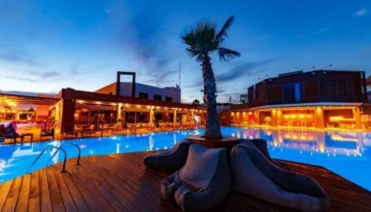 Φθινοπωρινή προσφορά Καλαμάτα: 4* ξενοδοχείο & δωρεάν παιδί με  40ε