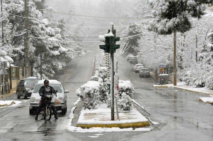 Μερομήνια 2020-2021: Που θα έχει χιόνια τα Χριστούγεννα