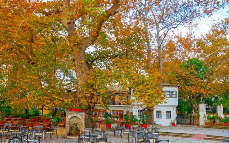 Πέντε φθινοπωρινοί γραφικοί προορισμοί στην Ελλάδα για αξέχαστες στιγμές το φετινό φθινόπωρο