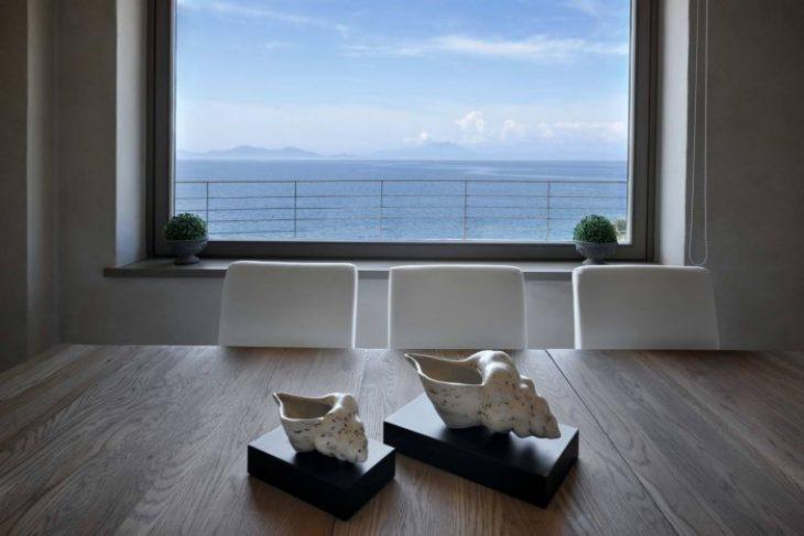 Κατοικία στο Πήλιο με πολυτέλεια και εντυπωσιακή θέα στη θάλασσα