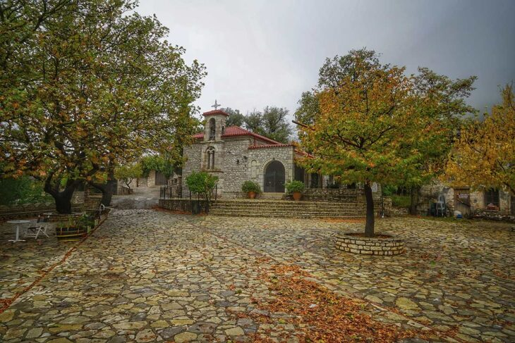 Χωριά του Παρνασσού: 6 γραφικά χωριουδάκια για αξέχαστες διακοπές