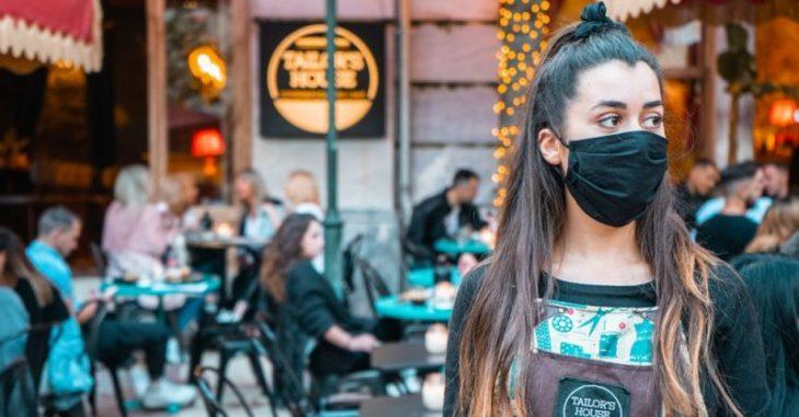 Κορονοϊός εστίαση: Όλη η αλήθεια για το κλείσιμο των μαγαζιών στις 22:00