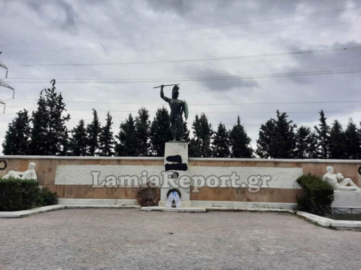Θερμοπύλες: Ασυνείδητοι βεβήλωσαν το άγαλμα του Λεωνίδα