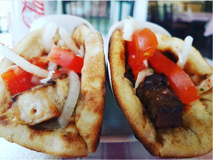 Τα πέντε καλύτερα μαγαζιά για να απολαύσεις τα καλύτερα σουβλάκια στην Αθήνα – Φθηνά και γευστικά όσο δεν φαντάζεσαι