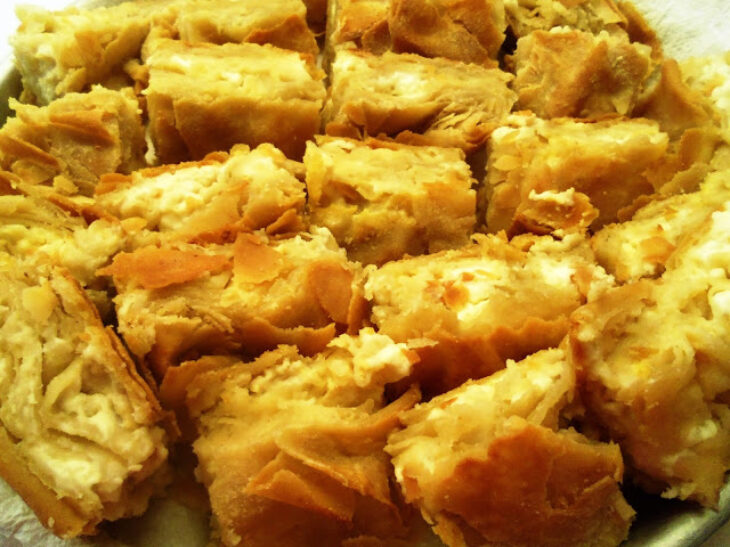 Τυρόπιτα της γιαγιάς: Συνταγή για όλη την οικογένεια