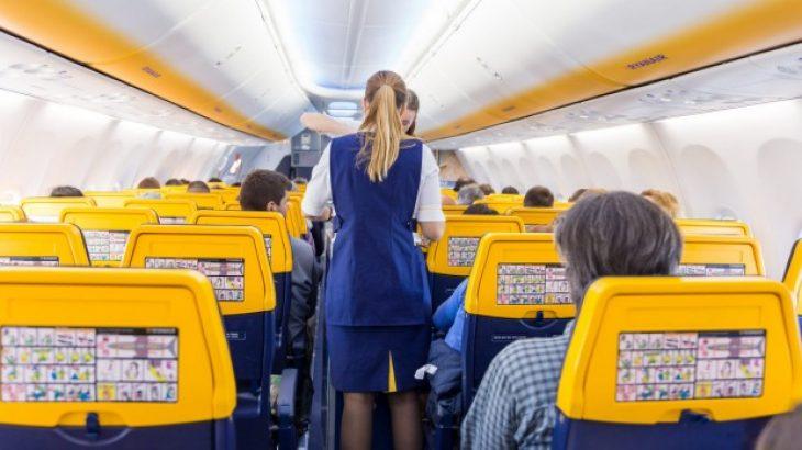Ryanair: Λόγω Cyber Monday δίνει 10.000 εισιτήρια στην τιμή των 5 ευρώ