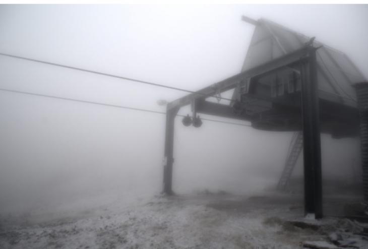 Ευρυτανία: Έπεσαν τα πρώτα χιόνια στο χιονοδρομικό Βελουχίου