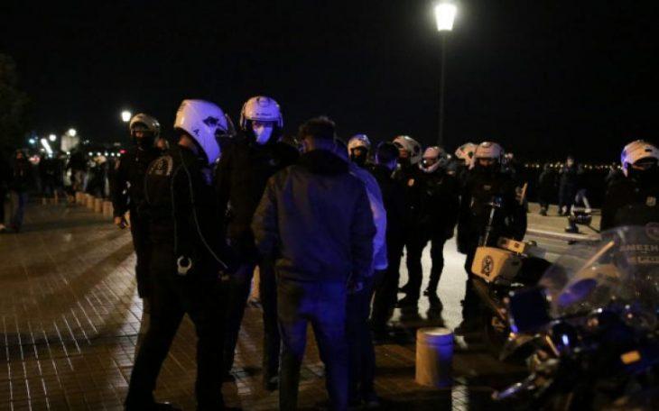 Θεσσαλονίκη: Επεισόδια ανάμεσα σε ΜΑΤ και διαδηλωτές χθες βράδυ