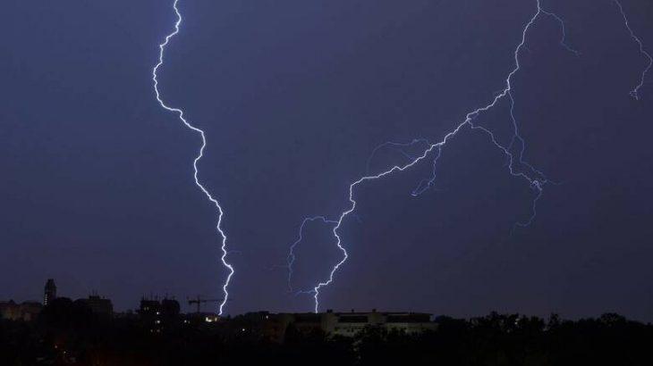 Καιρός το Σαββατοκύριακο: Αναμένονται βροχές και καταιγίδες