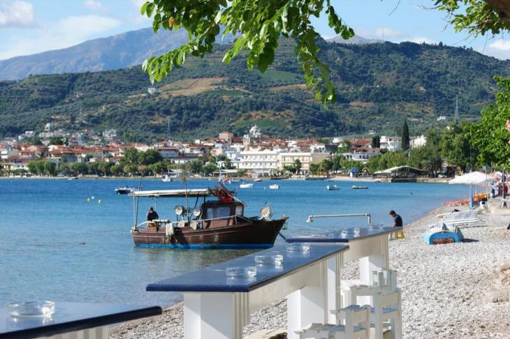 Αιγιάλεια: Πτώση 45% στην τουριστική κίνηση της περιοχής
