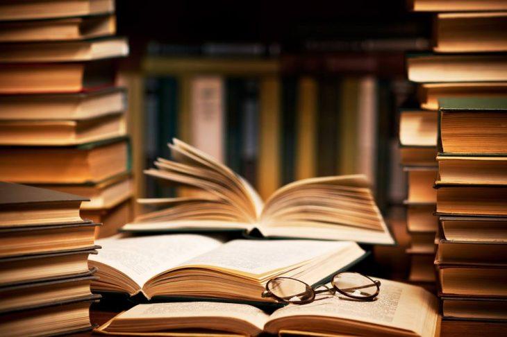 Βέροια: Η δημόσια βιβλιοθήκη παραδίδει κατ' οίκον δωρεάν βιβλία