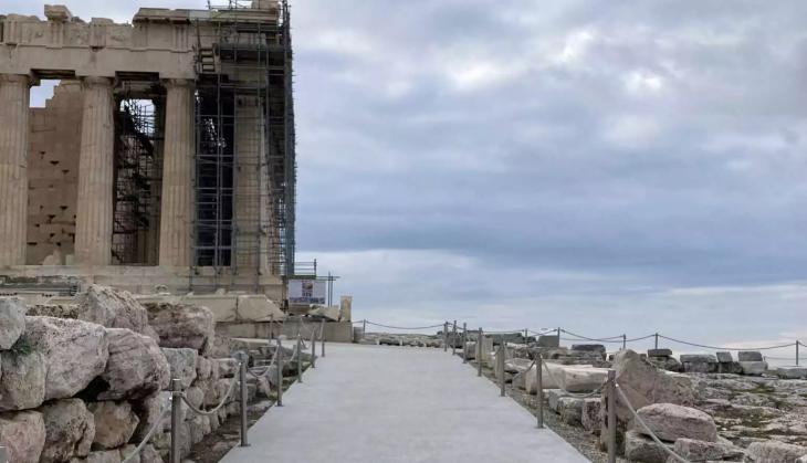Βράχος Ακρόπολης: Η χθεσινή κακοκαιρία δημιούργησε πλημμύρες