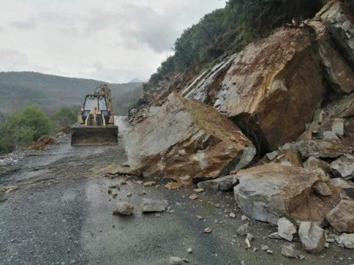 Ήπειρος: Σε κατάσταση έκτακτης ανάγκης 10 Δήμοι από την κακοκαιρία