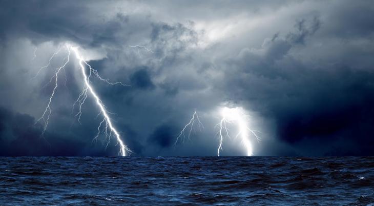 Έκτακτο δελτίο καιρού ΕΜΥ: Βροχές και καταιγίδες τις επόμενες ώρες
