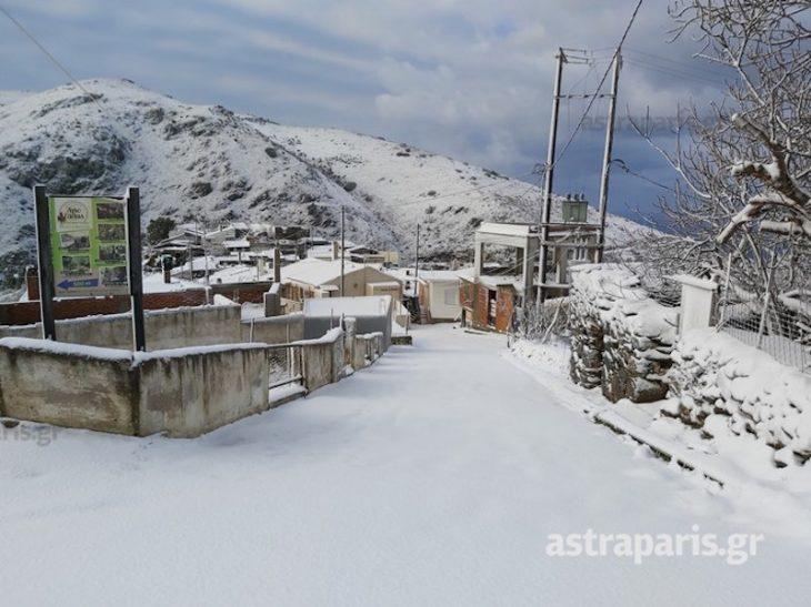 Κακοκαιρία στη Χίο: Κλειστοί δρόμοι και διακοπές ρεύματος στο νησί