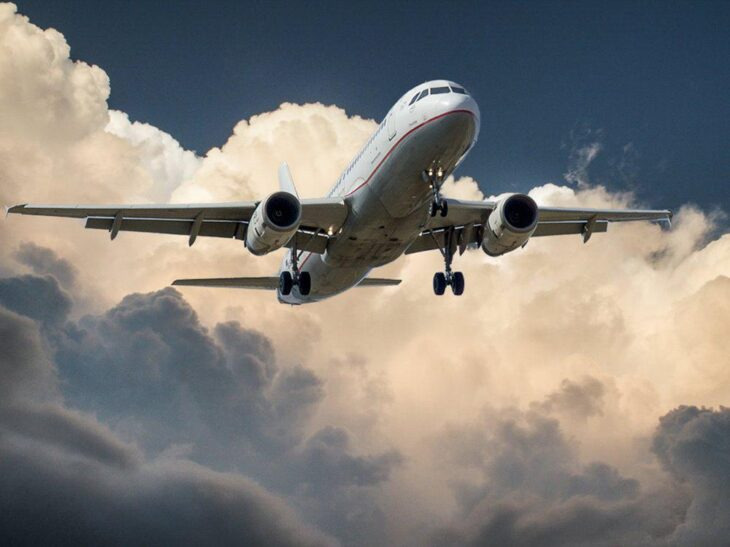 Αεροπορική κίνηση: Στο μείον 55% τον Ιούνιο του 2021